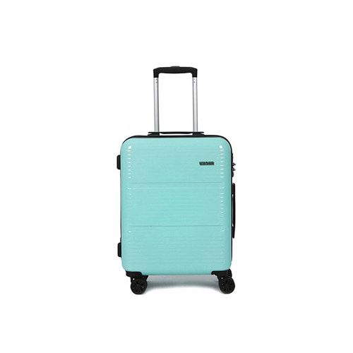 SKY 20in TRAVELBAG (20in) (MINT)